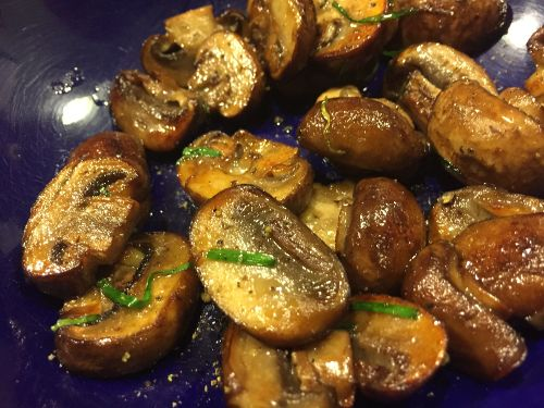 cremini_mushrooms_with_grass_fed_butter_and_chives